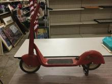 Chief shooting star vintage metal childrens scooter in good cond