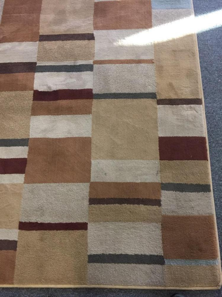 Modern Neutral And Brown Tone Area Rug As Is