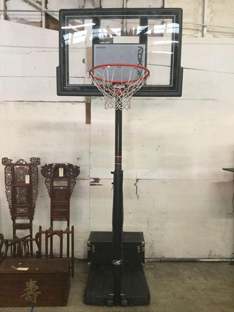 Nice Rolling Reebok freestanding basketball hoop