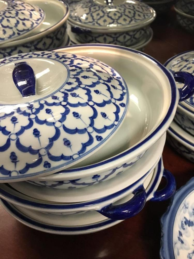 2 Shelves Full Of Blue And White Asian Influenced Pieces Inc