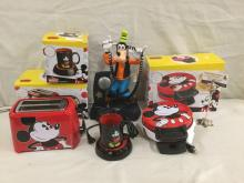 Goofy cordless animated talking phone & Mickey Mouse NIP items - waffle maker, toaster & mug warmer
