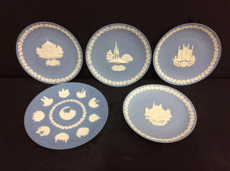 Set of 5 Wedgewood Jasperware Plates