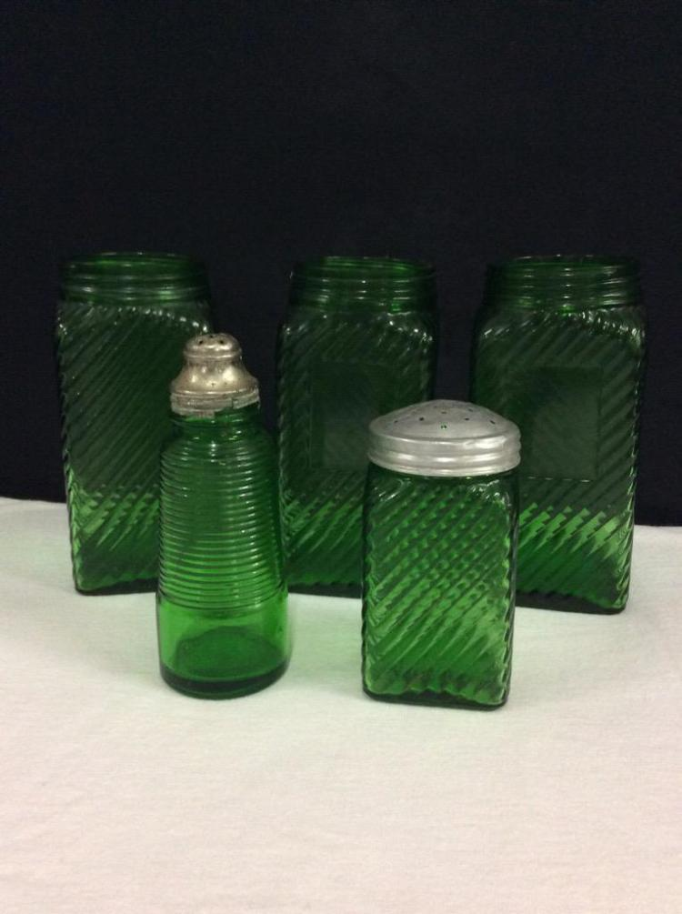 Set of 5 vitnage green glass salt and pepper shakers / canisters