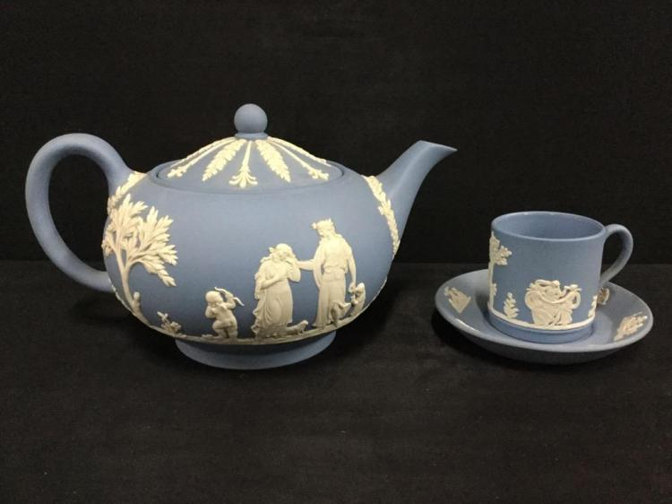 Wedgewood Teapot and Cup set