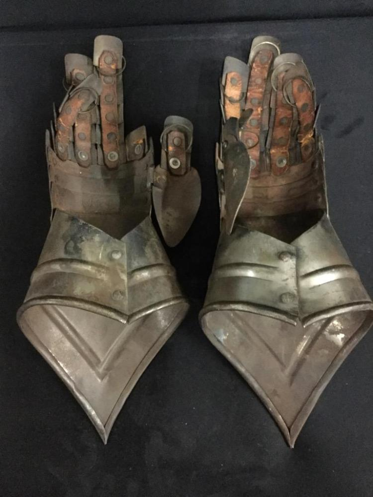 Set of 2 Vintage Metal and Leather Gauntlets - cool! pinky is off of one glove