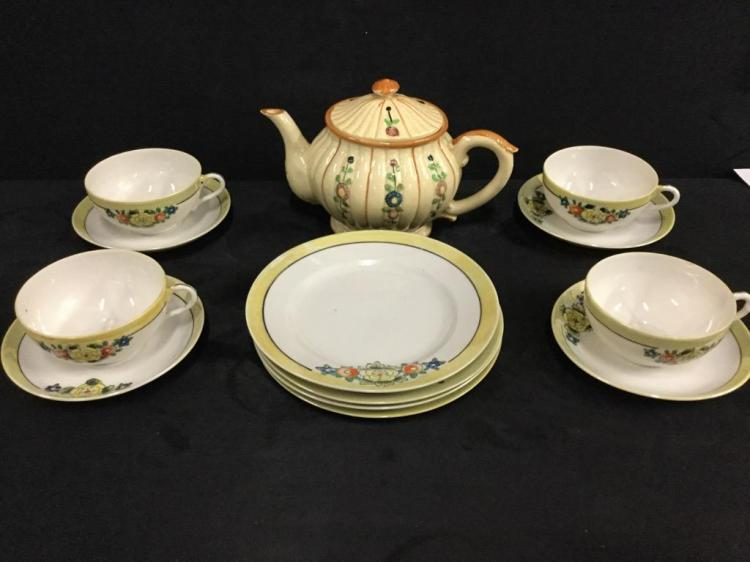 Vintage 40's - 60's Japanese Tea cup Set for Four with Nice japanese Teapot