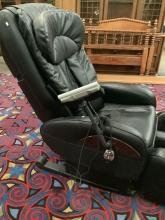 Lot 47: Sanyo electric massage lounger chair , model no. HEC-DR7700K