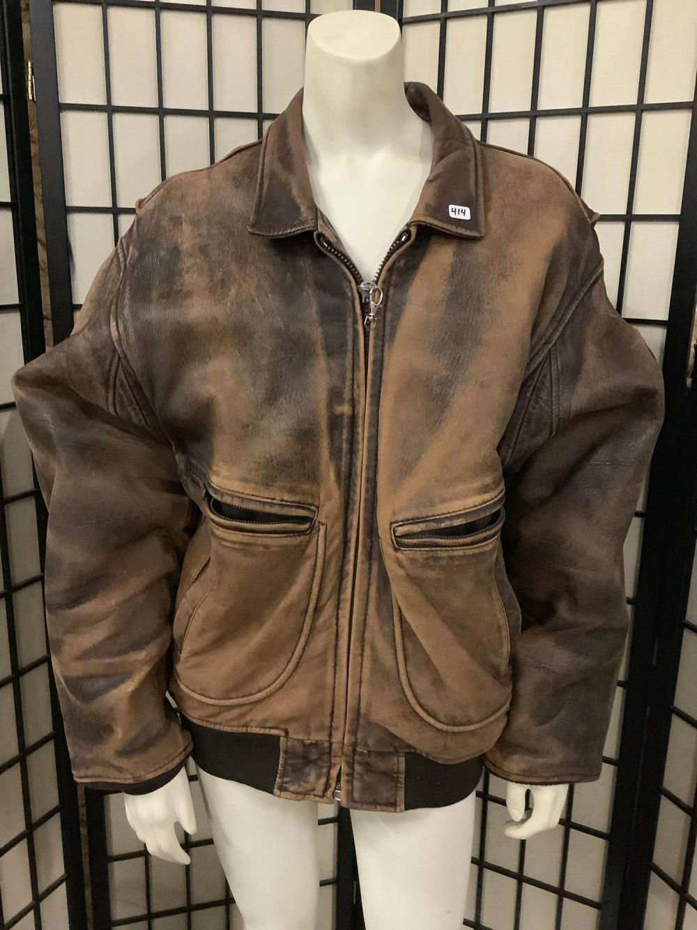 Vintage 1987 Avirex USA Leather bomber jacket type G-2 with back and shoulder patch