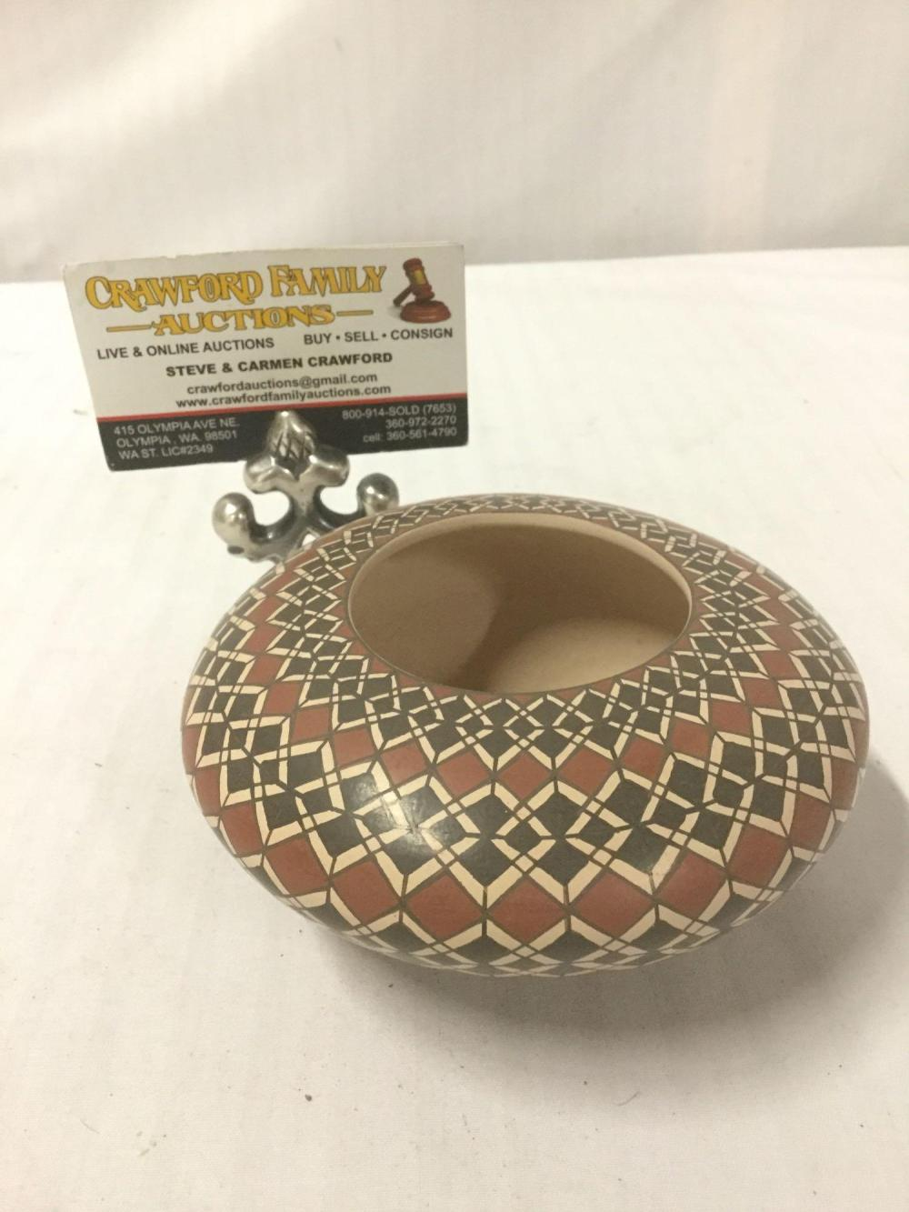 Lot 66: Ceramic bowl w/ graduated geometric grid pattern made by Juana Ledezma Veloz in Mexico