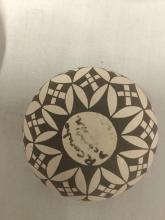 Lot 69: 3 seed pots w/ geometric/animal designs signed by artists, C. Concho, R. Concho & Jemez NM