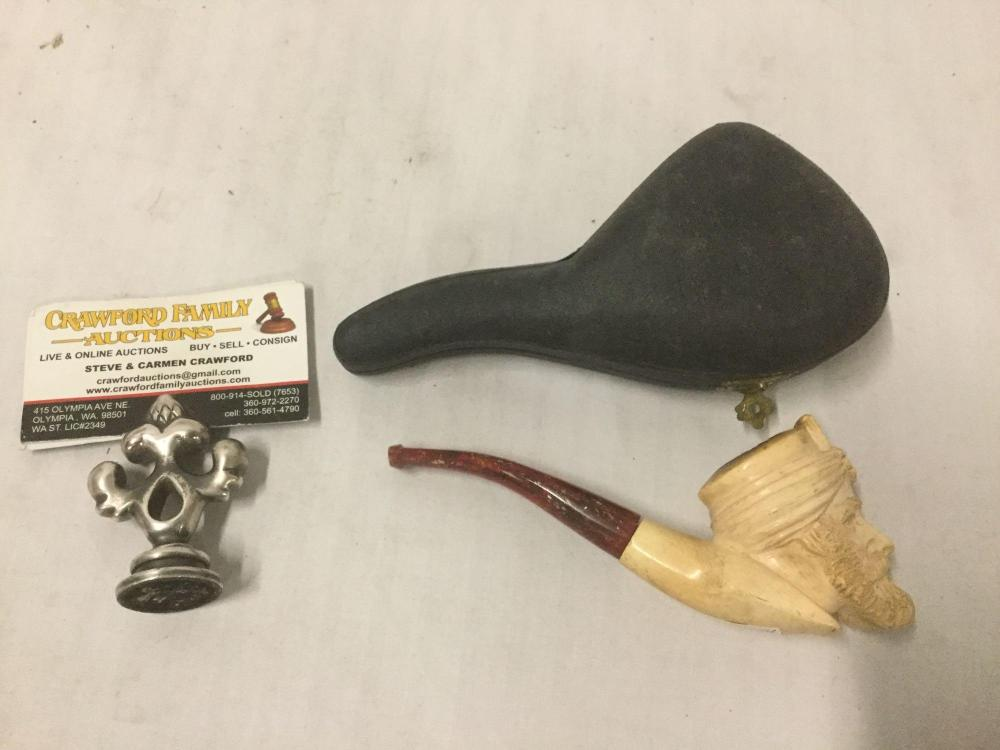 Ornate intricate vintage Meerschaum pipe with design of mans face in case