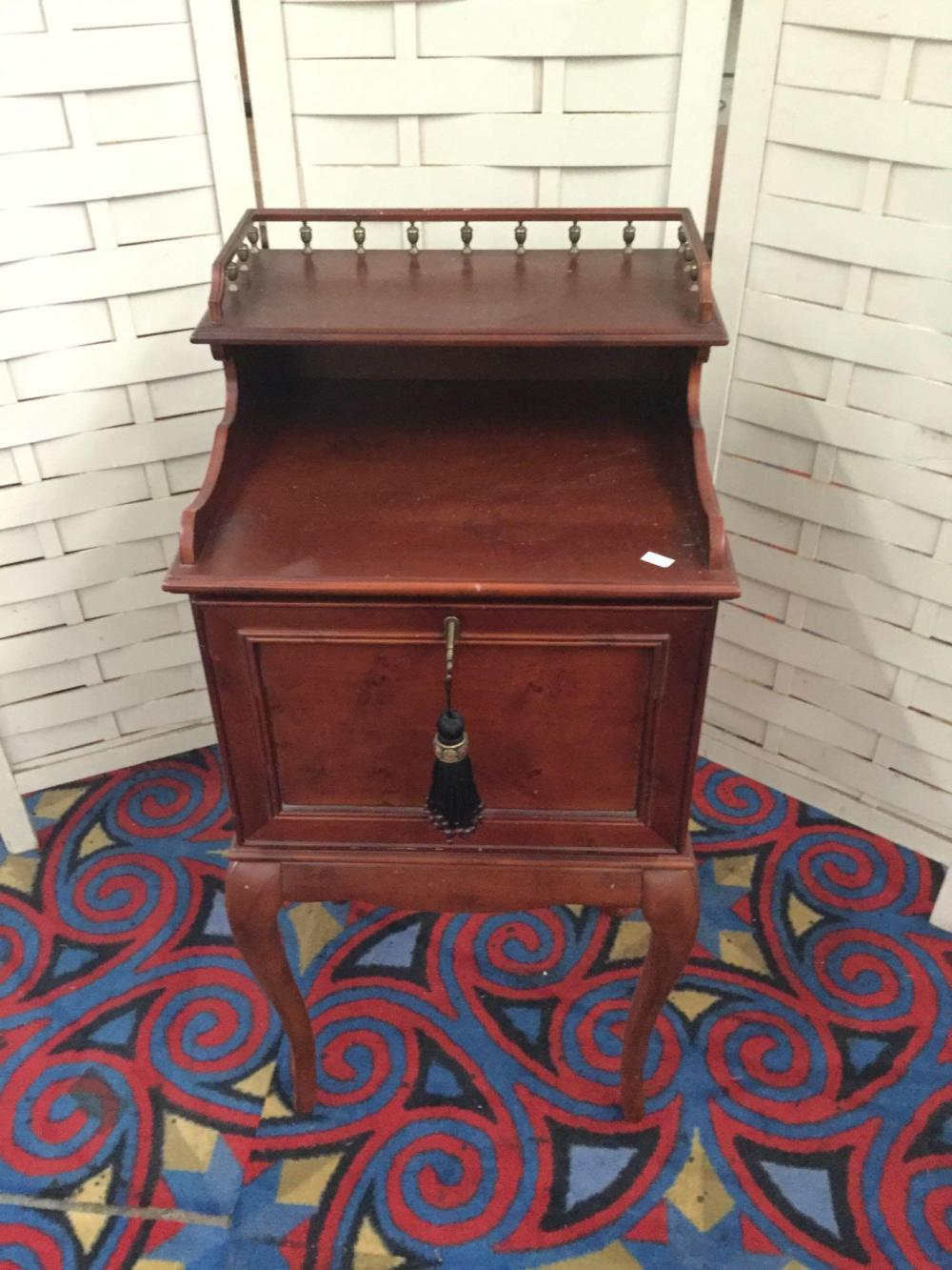 2003 Bombay furniture company locking side table cabinet
