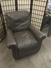 Lot 330: Lee Industries hand crafted aniline leather reclining chair