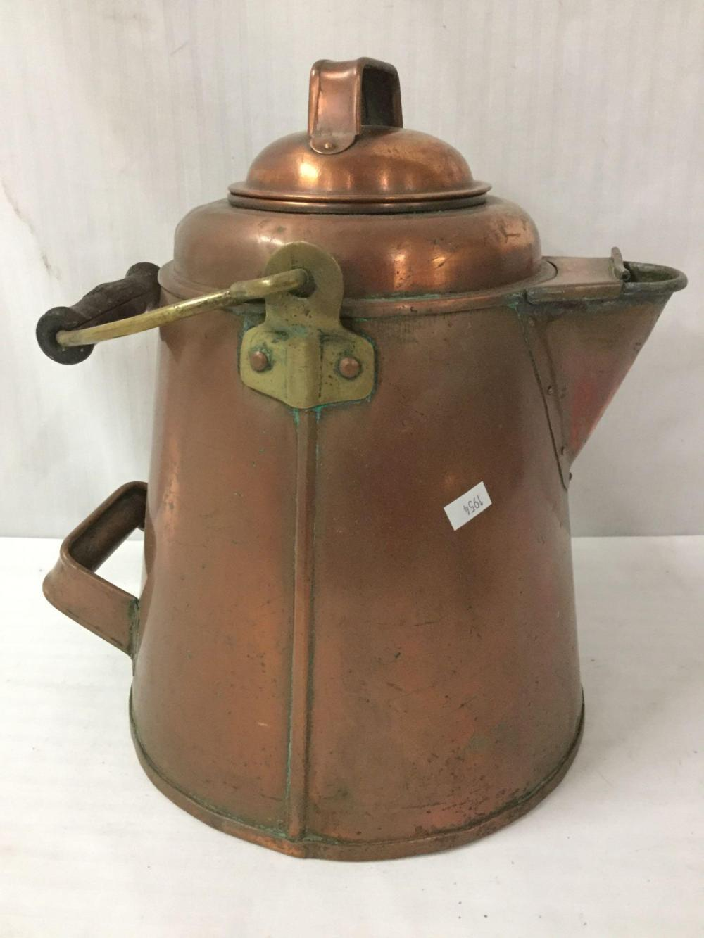 Lot 319: Lot of 4 antique copper kettles, one marked Made in Portugal - various sizes