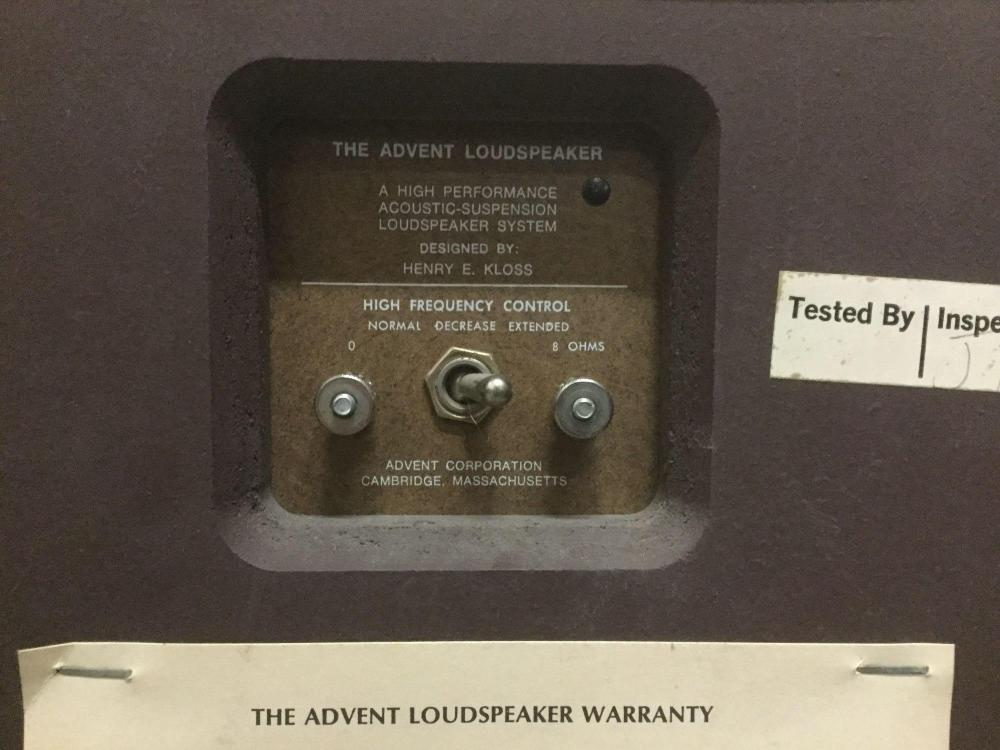 Lot 210: Vintage early 70s Advent The Advent speaker pair. Designed by Henry Kloss of KLH and many others