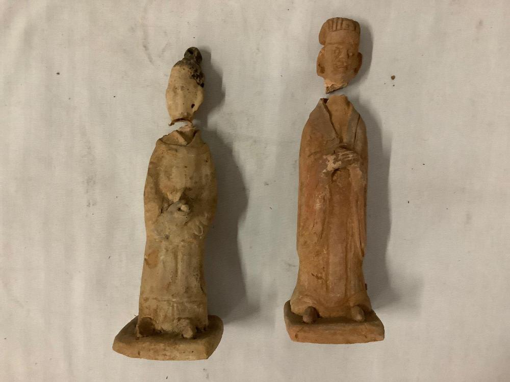 Lot 284: Lot of 4 primitive/ old antique ceramic figure statues, 2 have broken at the neck