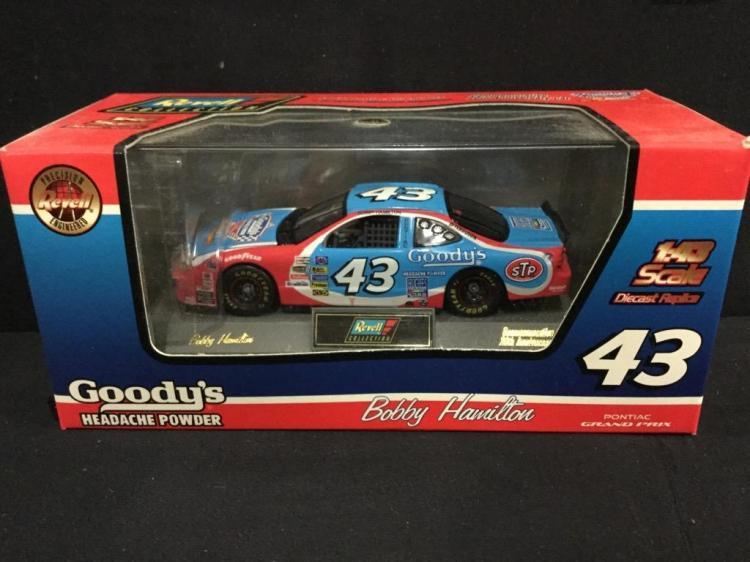 1997 Pontiac Grand prix goody's Headache Powder Bobby Hamilyon #43 1:34 scale Car by Revell
