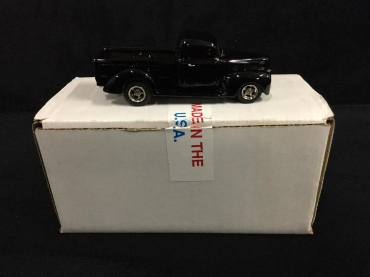 Rod & Custom Series 1940 Ford Custom Pick up in box
