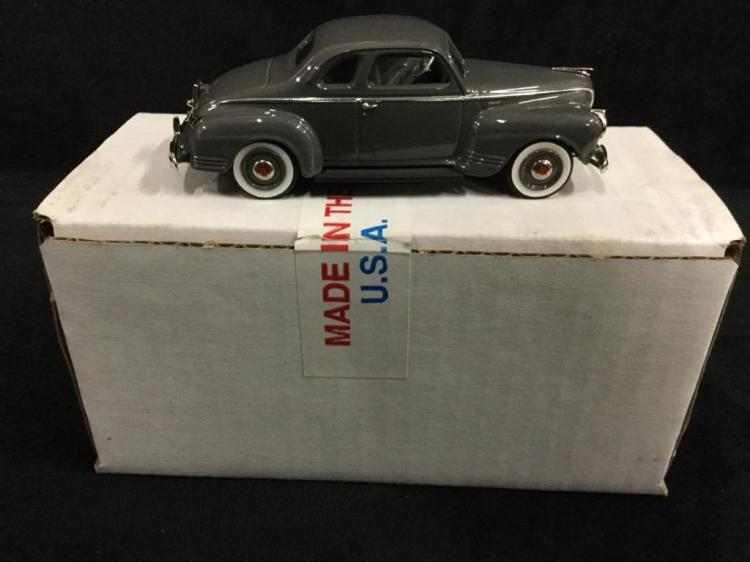 USA Models 1941 Gray Plymouth in box