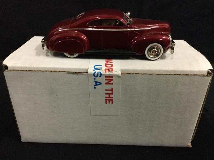 Rod & Custom series 1940 Mercury Custom Coupe in box