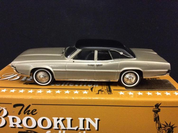 The Brooklin Collection 1967 Ford Thunderbird 4-door Landau in box