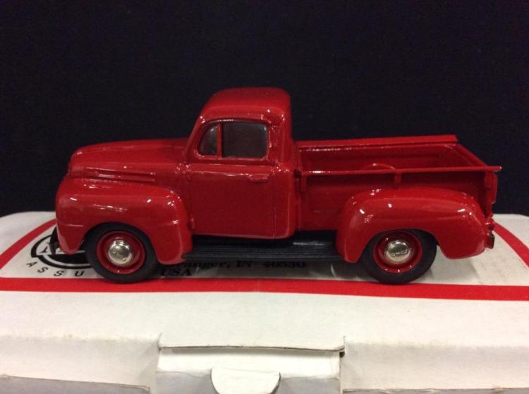 US Model Mint 1950 Ford F-1 Pick-up in box