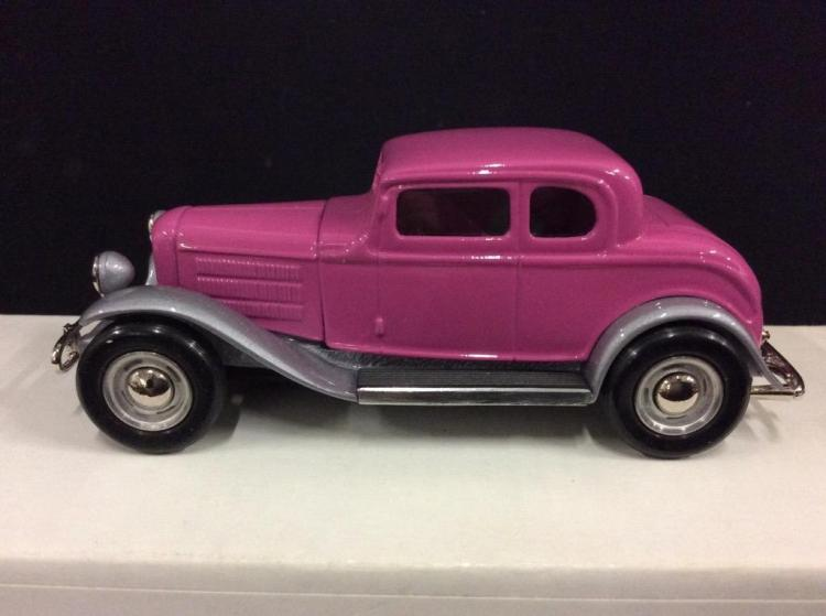 Cruisin Classics 1932 Ford Hot Rod in box