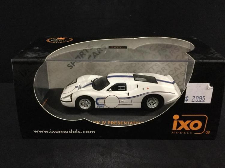 A 1967 Ford Mk IV presentation roadster die-cast car by IXO