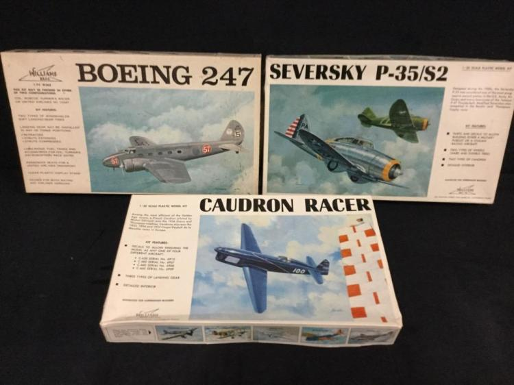 2 Williams Bros 1:32 Scale model airplane kits and 1 1:72 scale model airplane kit