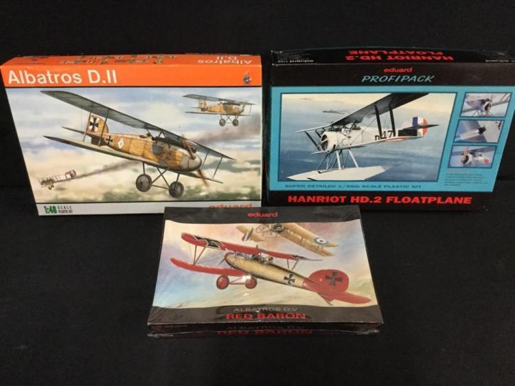 3 1:48 scale model airplane kits including Albatros D.V.