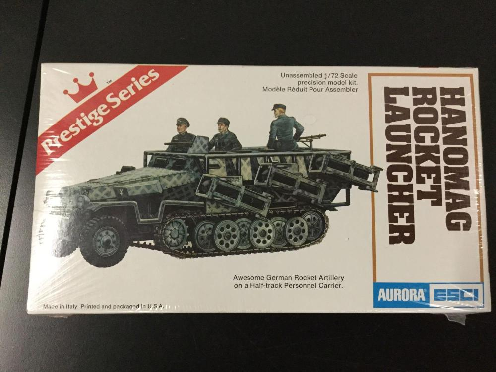 6x Aurora-ESCI military plastic model kits, 1/72 scale