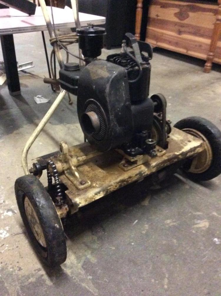 California mower w/ additional manual mower