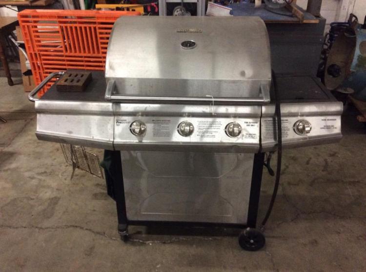 Brinkmann propane grill in fair cond