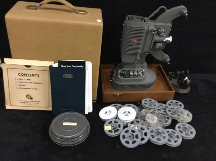 1968 DeJUR Film Movie projector in case