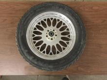 1 custom aluminum motorcycle wheel with a good tire, 21