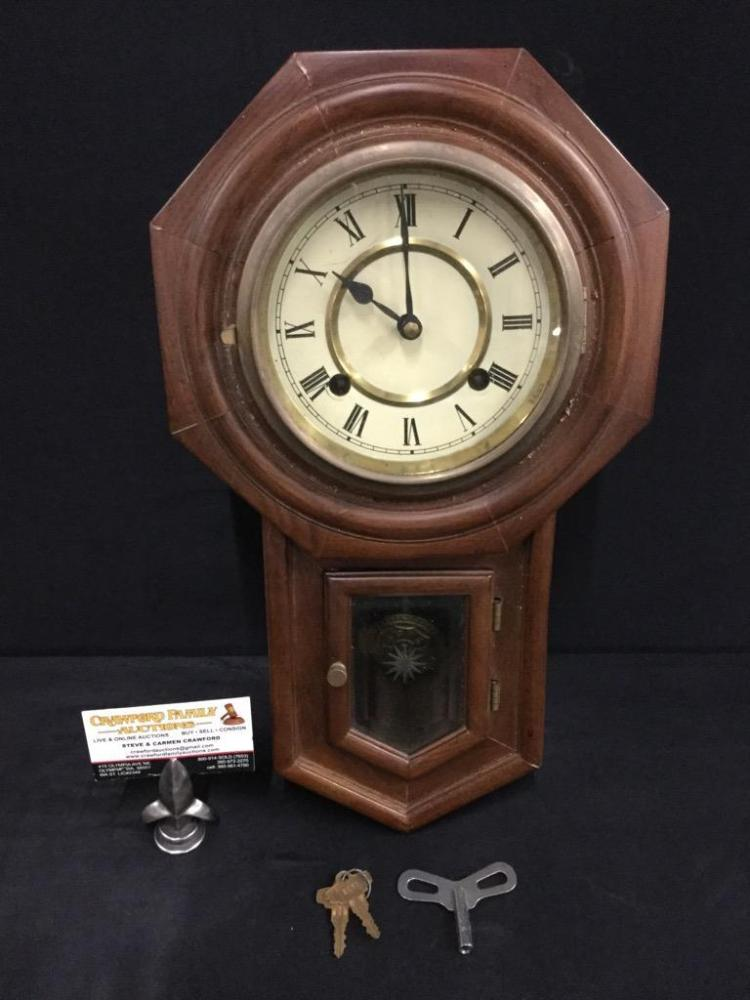 Antique Style Wall clock with key and pendulum see pics as-i