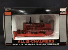 Allis Chalmers highly detailed H-3 crawler w/ blade by SpecCast, NIB 1:16 scale.