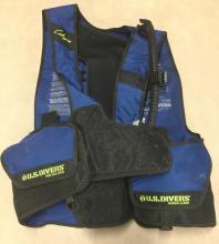 a U.S. Divers Calypso aqua-lung vest