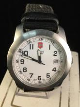 a like new Swiss army wrist watch, needs battery