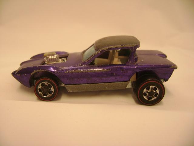 Redline Hotwheels 1967 Python Purple-White Interior