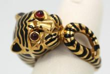 David Webb Tiger Ring 18K black enamel ruby eyes