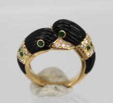 Van Cleef Double Swan Ring 18K Yellow Gold Onyx Diamonds Emeralds Size 6 1/4