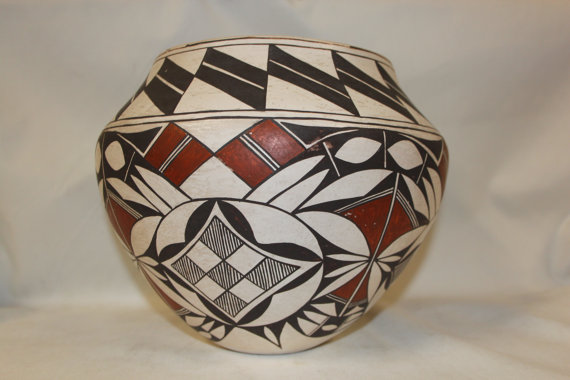 Native Pottery : Fantasitic Acoma Polychrome Pottery Olla #262