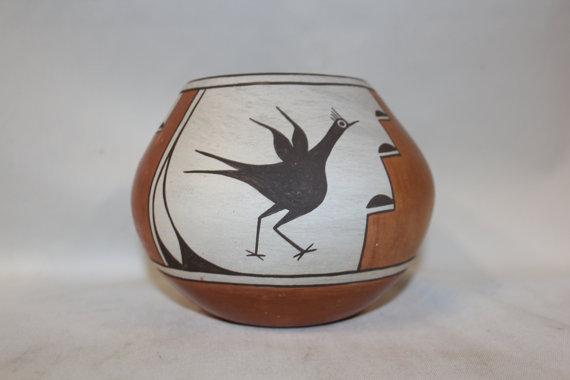 Pottery : Primo Rare Zia Polycrome Pottery
