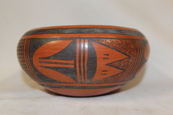 Native American Bowl : Excellent 1950's Hopi Traditional Black on Red Bowl, by Ethel Youvella #252