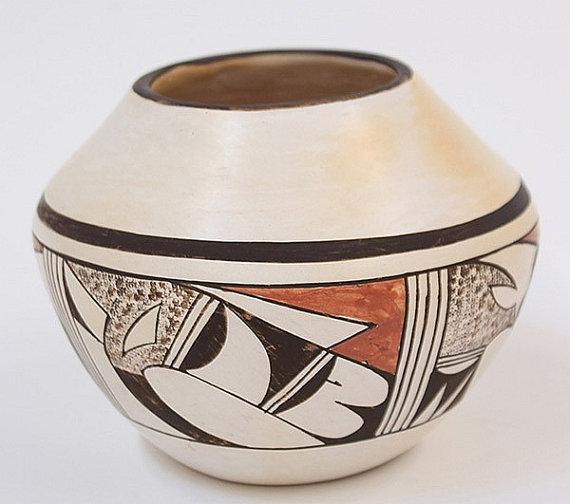 Hopi Pottery : Native American Hopi Polychrome Pot, by Fawn #233
