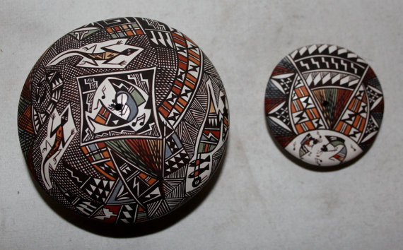 Native American Pottery, Native American Acoma Seed Pots, by Dolores Lewis, Late 1900's, # 711