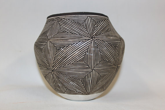 Acoma Pottery : Native American Acoma Pottery Jar, by Lucy Lewis #175