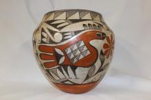Pottery Jar : Native Amerian Exquisite Acoma Pottery Jar #144