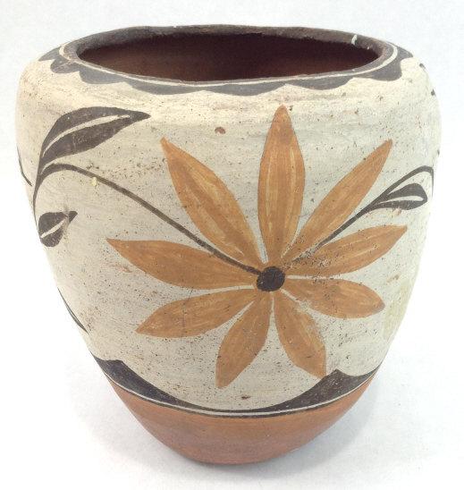 Early 20th Century Zia Pueblo Pottery Pot, #937